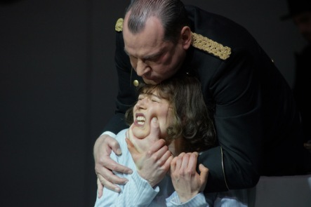 Creon-Antigone_photo_courtesy_Forster